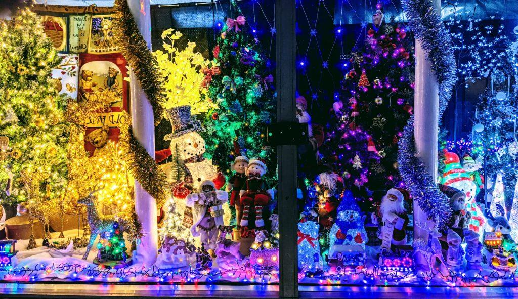 Christmas Prudhoe Mcgees Window